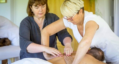 Formation Toucher Conscient et Massage de Pleine Attention